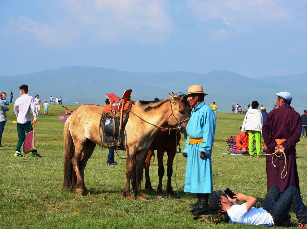 160712-14-ulan-bator-naadam-fest