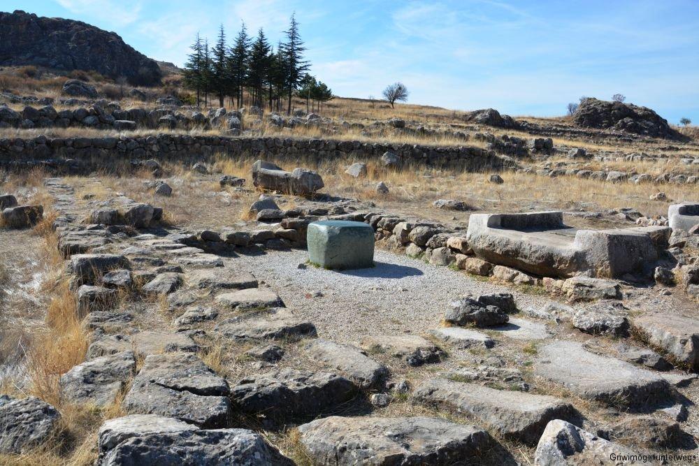 161104-75-hattuscha-groc39fer-tempel