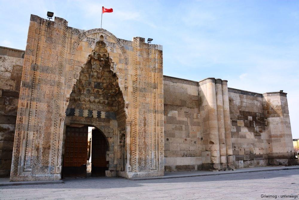 161109-24-sultan-hani