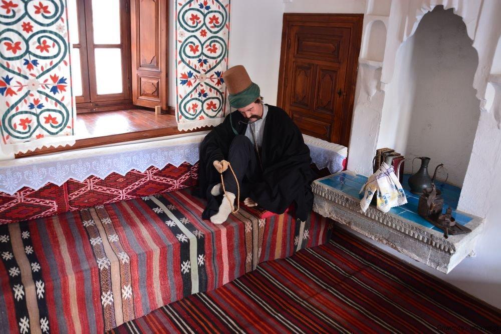 161109-47-konya-mevlana-kloster