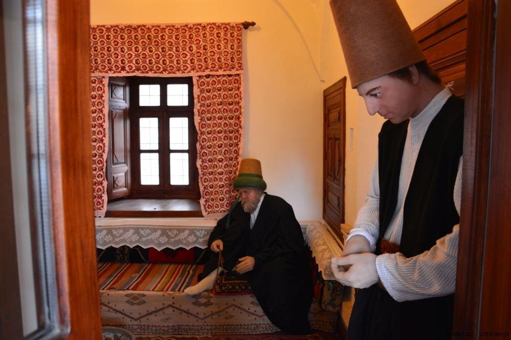 161109-48-konya-mevlana-kloster