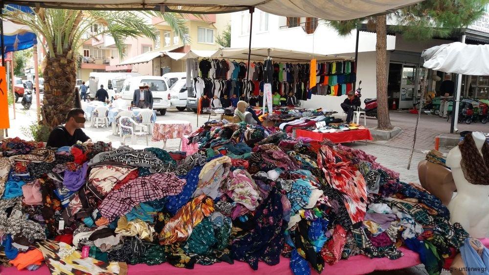 161114-3-manavgat-wochenmarkt